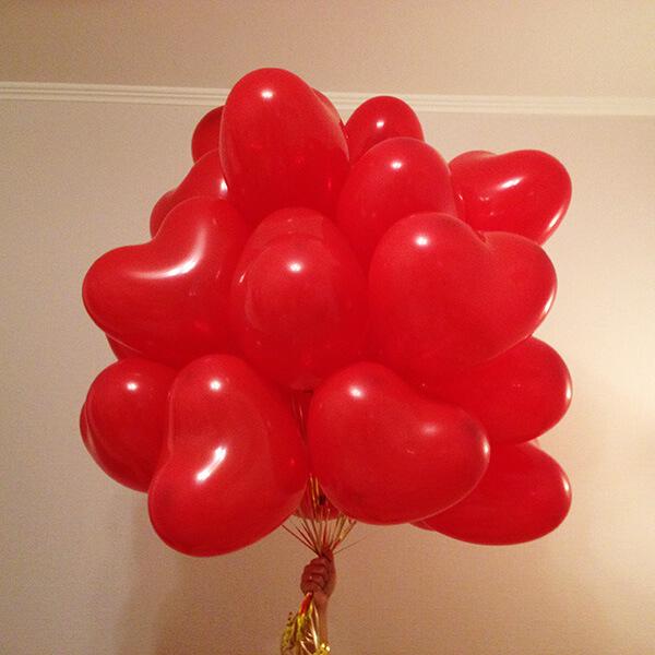 Красные шары сердечки 25 шт