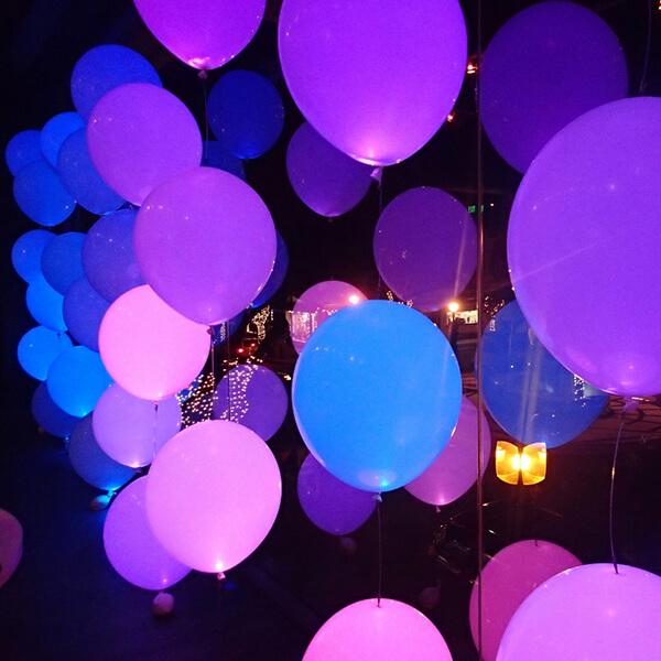 Украшение светящимися шарами с гелием 100 шт